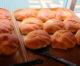 子供が絶対喜ぶ!ずっしり重たい絶品クリームパン「亀井堂」